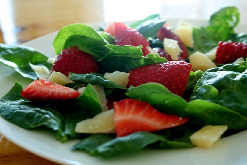 pastikan-sepiring-makanan-anda-selalu-kaya-warna-dari-buah-_150914082212-290.jpg