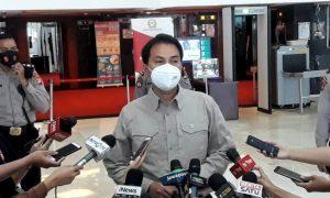 wakil-ketua-dpr-ri-azis-syamsuddin-di-gedung-nusantara_201006140025-652.jpg