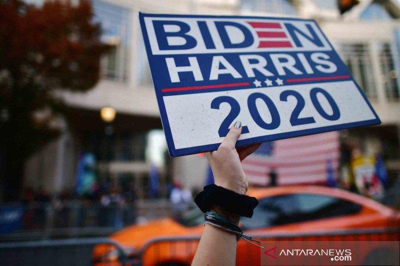 2020-11-08T232904Z_224774600_RC2BZJ9ZBXGX_RTRMADP_3_USA-ELECTION.jpg