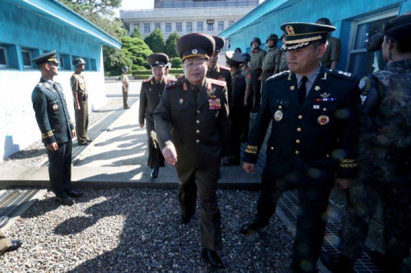 antarafoto-southkorea-peace-talk-310718.jpg