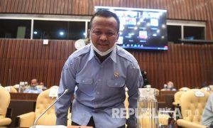 menteri-kelautan-dan-perikanan-edhy-prabowo-bersiap-mengikuti-rapat_200706125659-217.jpg