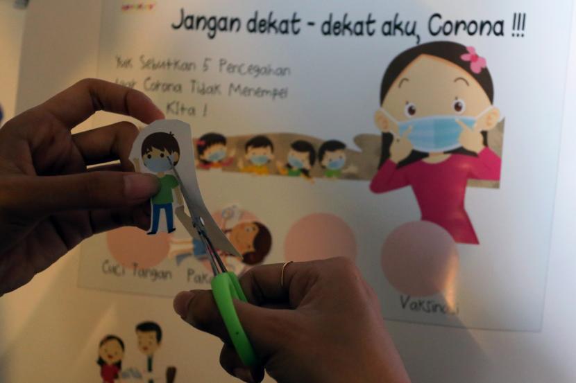 Psikolog: Batasi Pemakaian Gawai Anak dengan Main Bersama
