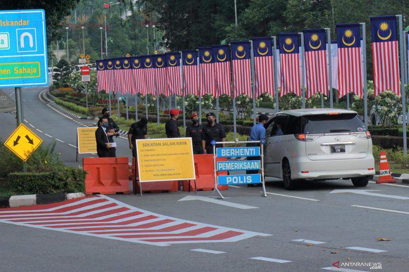 Muhyiddin tunda sidang parlemen Malaysia, Pakatan Harapan menolak